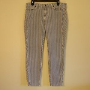 Lucky Brand Cropped Blue & White Striped Jeans